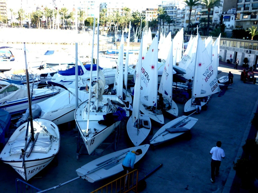 La Vela Ligera, protagonista del XLVI Trofeo Navidades náuticas de Benidorm