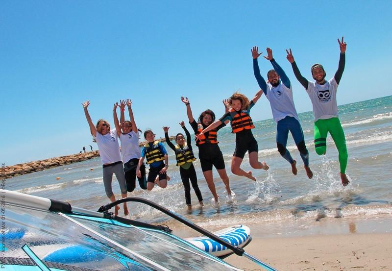 'Abrimos el Mar' cierra la jornada con un balance provisional de 2.500 personas
