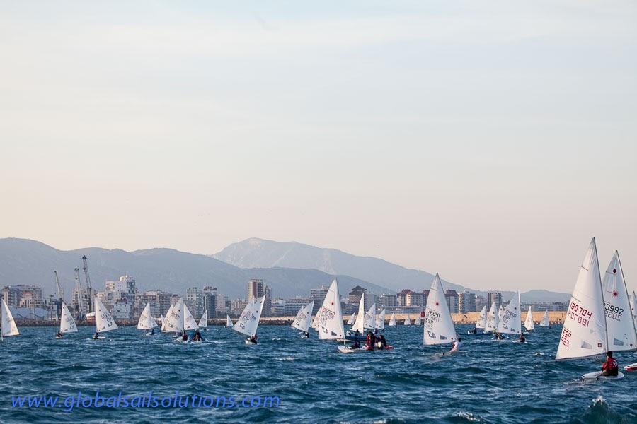 El RCN de Gandía reivindica su continuidad con la celebración del Trofeo Fira i Festes de Vela Ligera