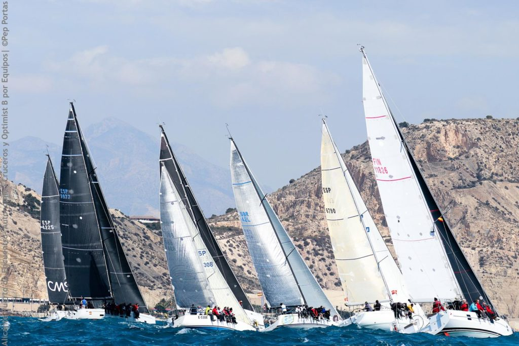 Genio 4, Maverta y Tanit IV-Medilevel, lideran la Copa Autonómica de Cruceros tras disputarse cinco pruebas