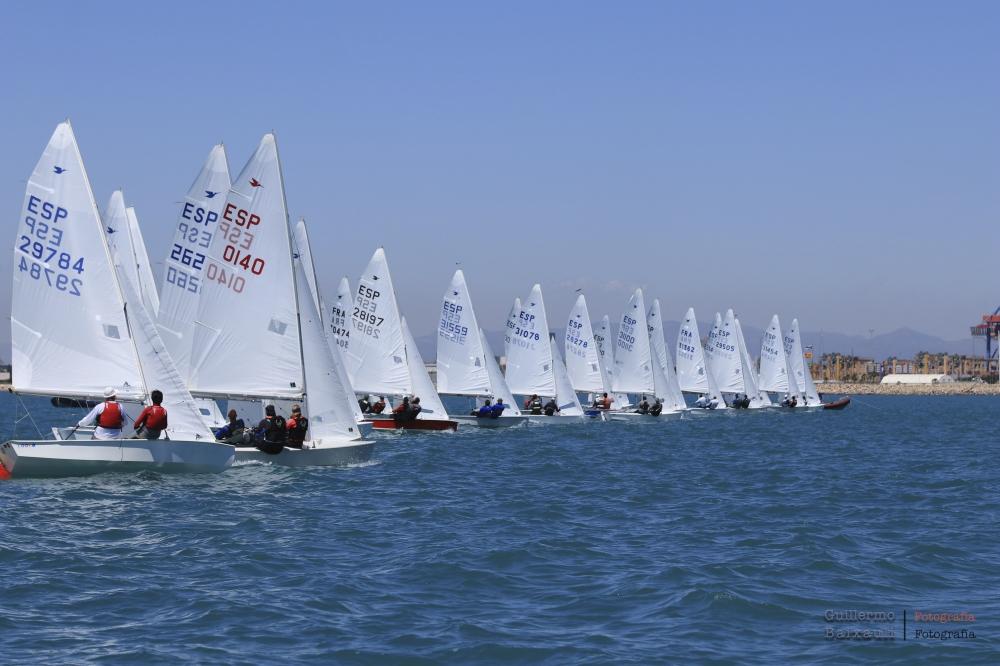 Una flota muy igualada en el Campeonato de Europa de Snipe Master