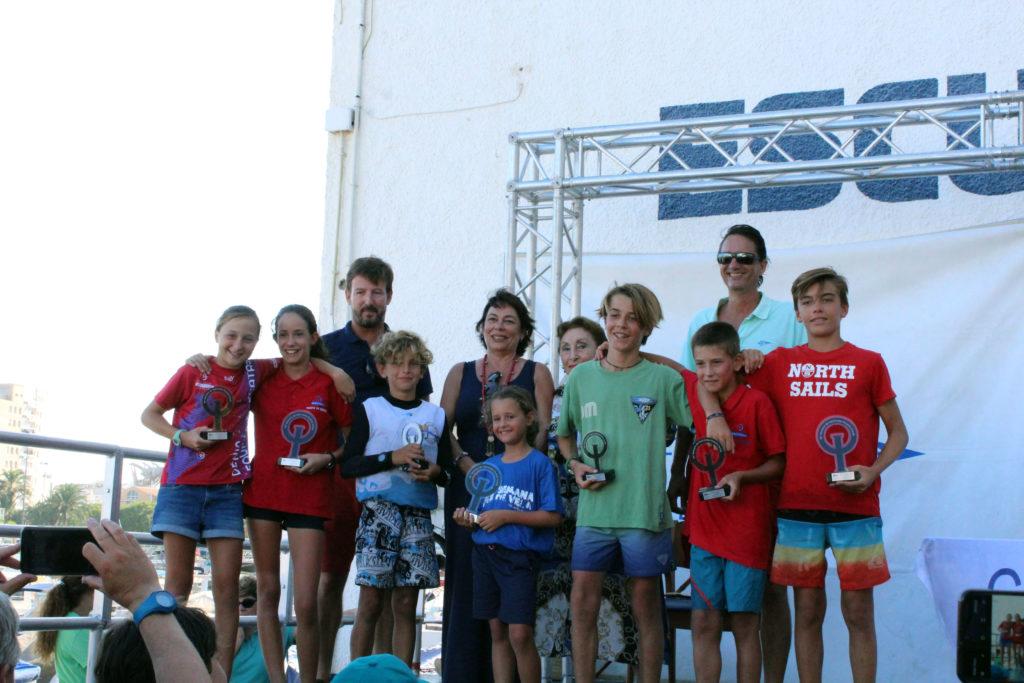 Un centenar de regatistas participan en el primer trofeo de la Semana de la Vela en Jávea
